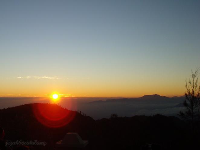 sunrise keren Bromo