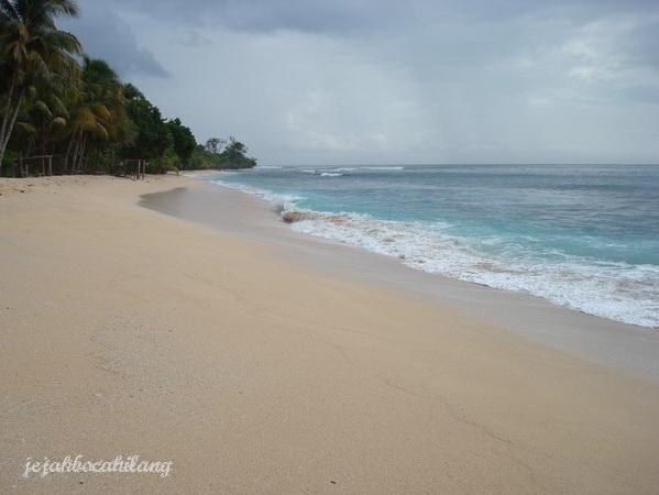 pasir lembut + laut = PARADISE
