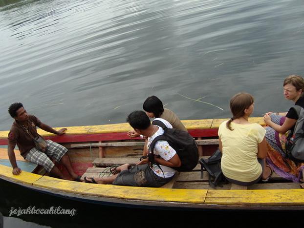 kapal keliling pulau