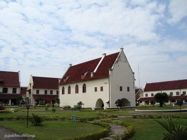 'Gereja' di tengah benteng