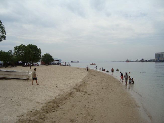 pantai Pulau Khayangan