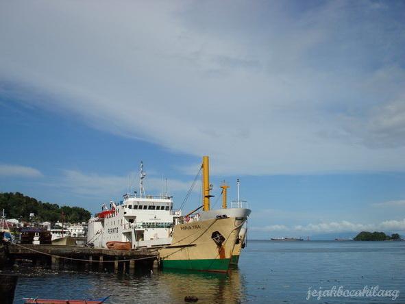 sisi pelabuhan