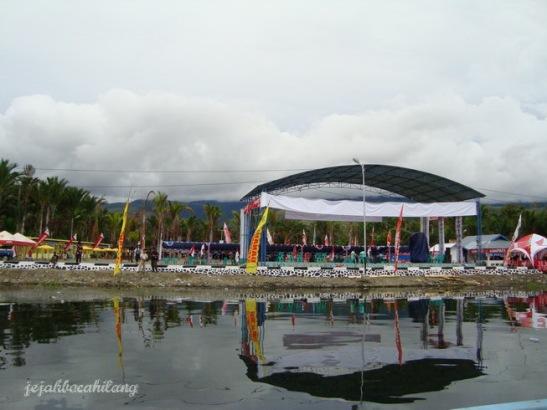 panggung festival Sentani