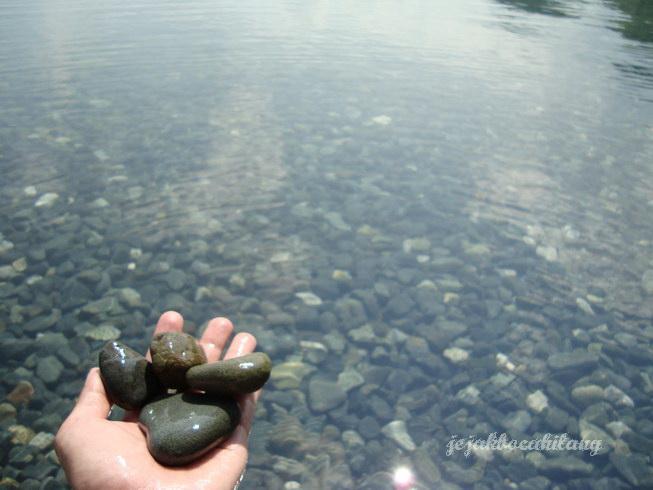 stones Tablanusu Beach Jayapura