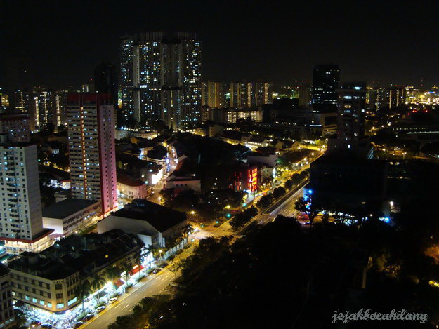 malam hari di Singapore