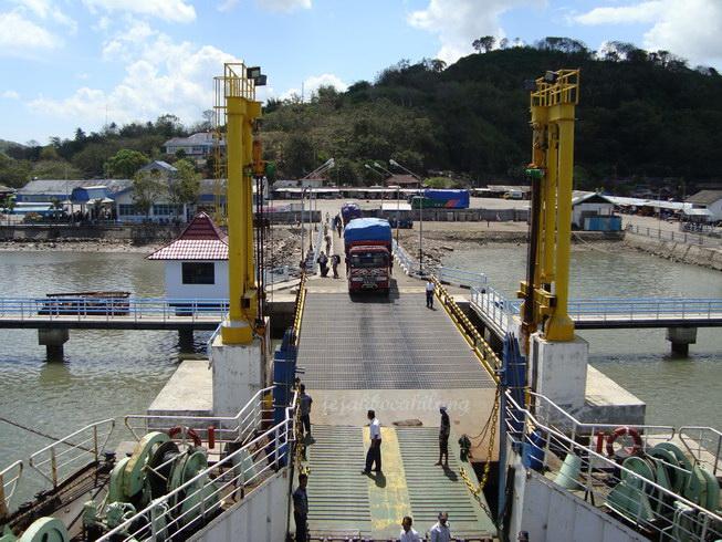 pelabuhan Lembar