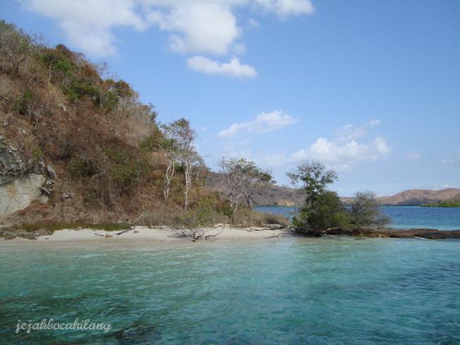 jangan cari 'kambing' di Pulau Kambing