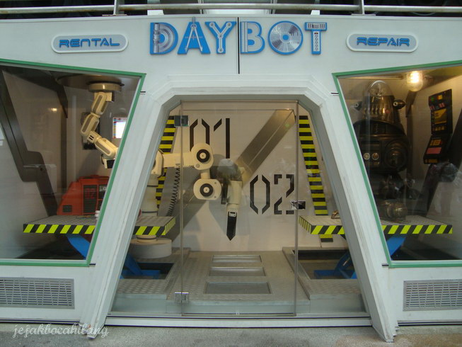 Day Robot