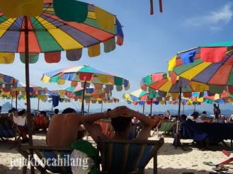 payung pelangi Khai Island