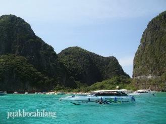 view Phi Phi Ley dari boat