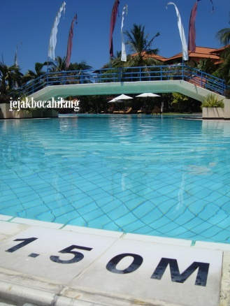 swimming pool Ayodya
