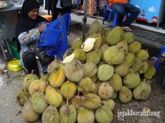 durian menggoda di Phuket Town