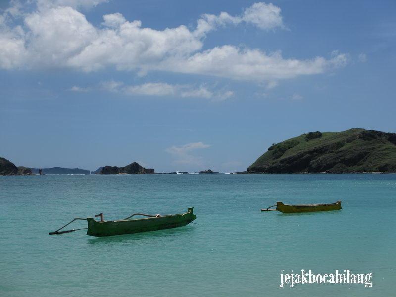 jukung di Tanjung Aan