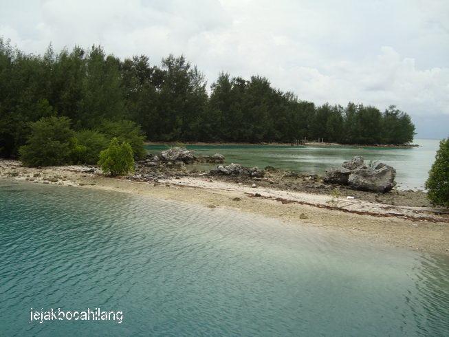 Pulau Air yang misterius