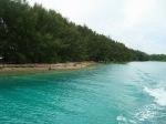 warna biru tosca perairan Pulau Air