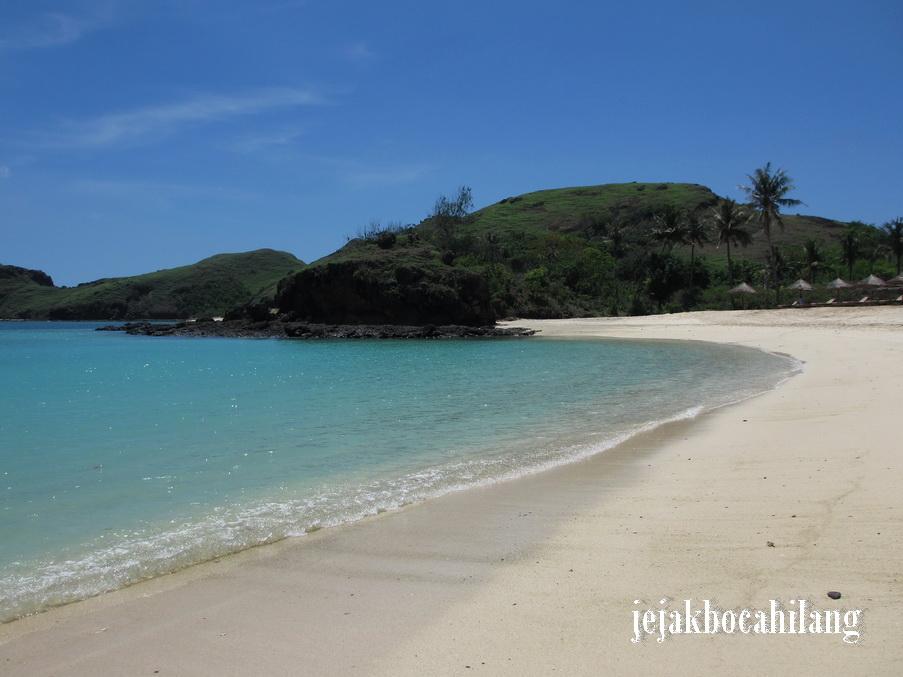 jernihnya air laut Tanjung Aan
