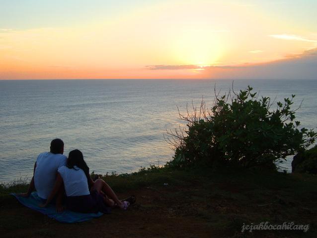 sunset with LOVE in Uluwatu - Bali
