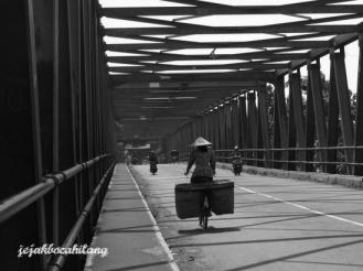Mojo bridge