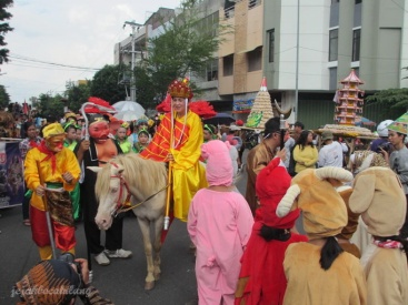 Biksu Tong dan pasukannya