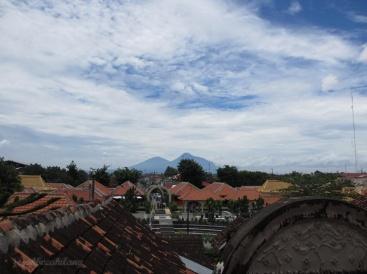 "view from ""Pulau Cemeti"" - Taman Sari"