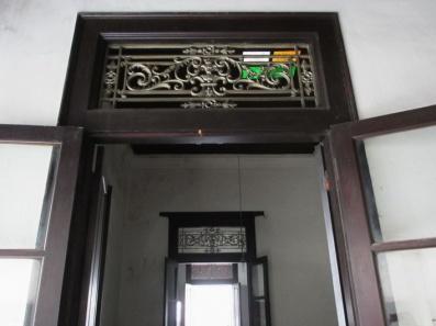 pintu kuno