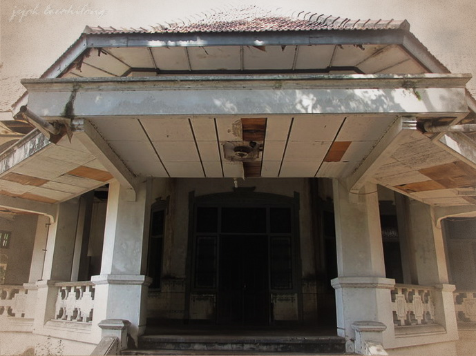 teras Omah Lowo