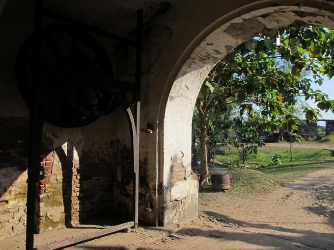 jalan masuk Benteng Ngawi