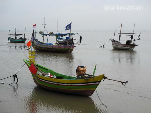 kapal nelayan Pantai Boom