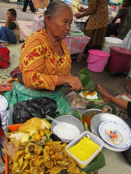 Nasi Liwet - makanan wajib Sekaten