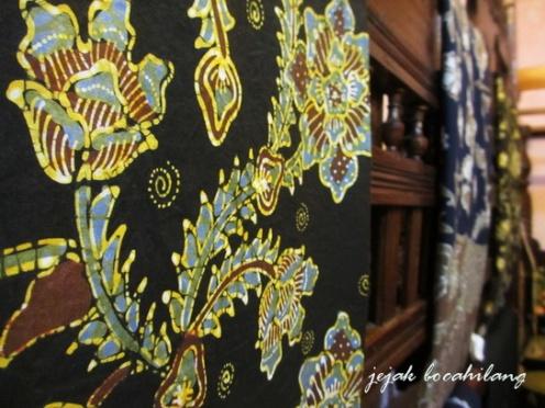 "Batik Tenggeran ""Mrs Sawali"""