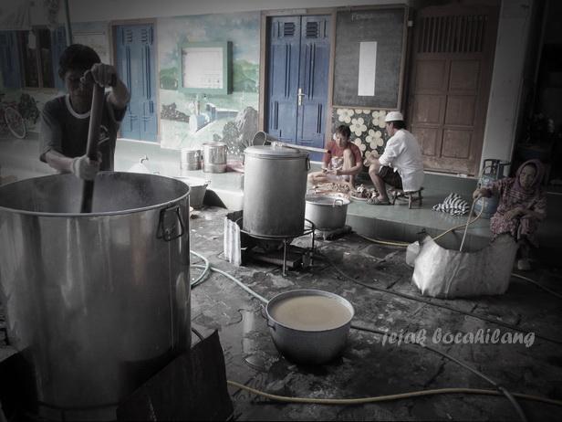 making of Bubur Samin