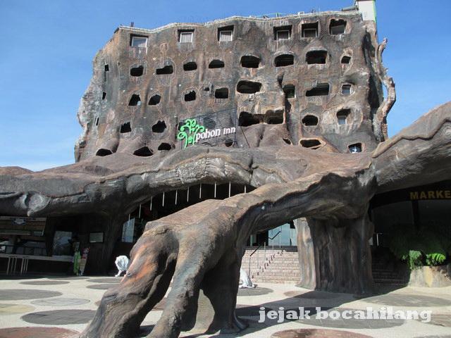 Pohon Inn