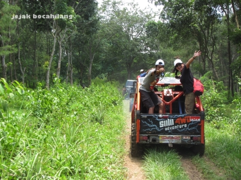 keceriaan fun adventure off-road Alas Bromo