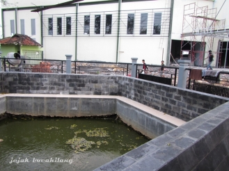 kolam air panas di Mrapen