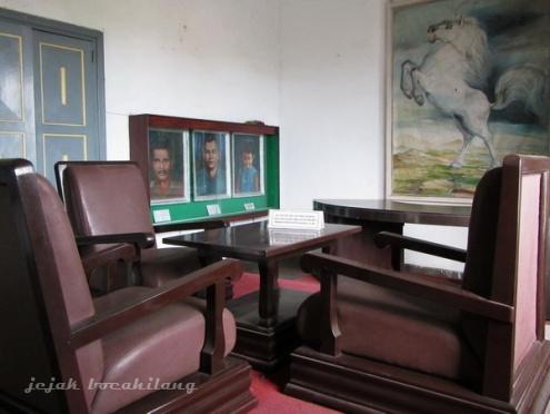 ruang Ade Irma Suryani Museum Mandala Bhakti