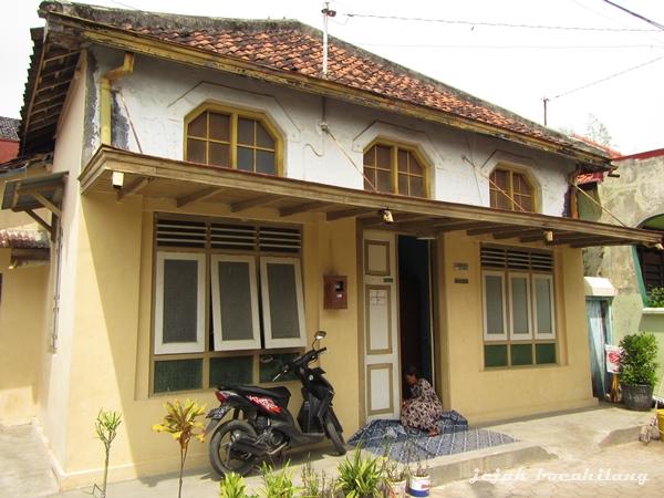 salah satu rumah tua di Pesindon