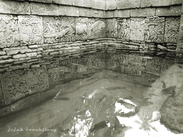 kolam berangka tahun 1337 Saka ( 1415 Masehi )