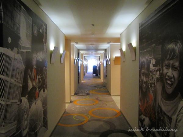koridor lantai 10