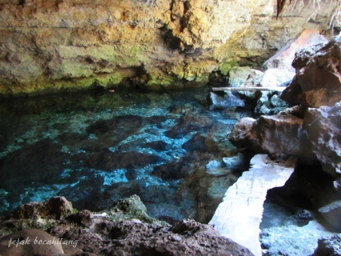 air sebening kristal di Goa Letbaun