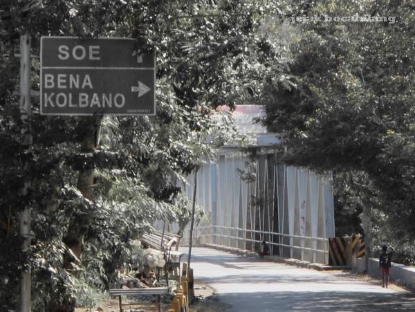 papan petunjuk menuju Kolbano