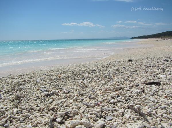 Pantai Letbaun