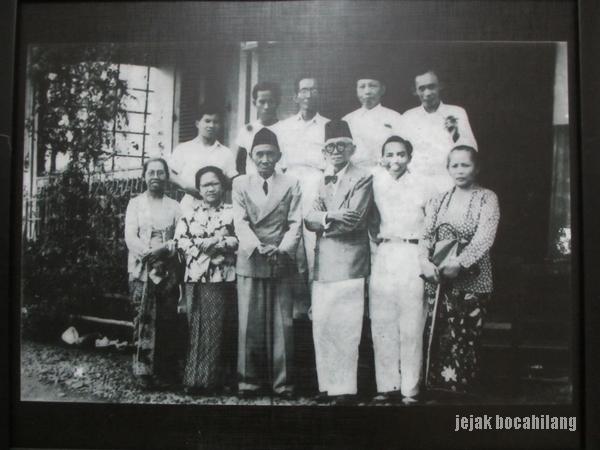 Foto keluarga Samanhudi
