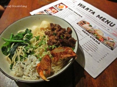Mie Kepiting Pontianak, salahs atu menu di Kopi Oei Bandar Lampung