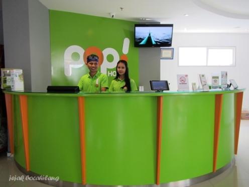 front office POP! Hotel Tanjung Karang