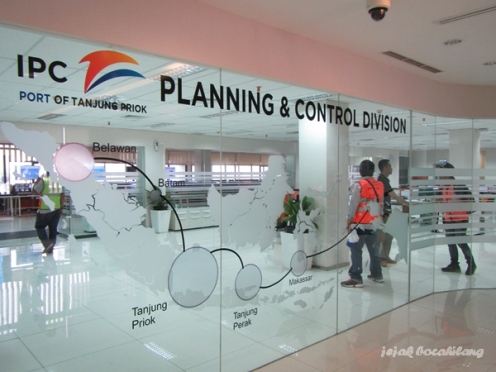 ruang kerja Planning and Control Division Pelabuhan Tanjung Priok
