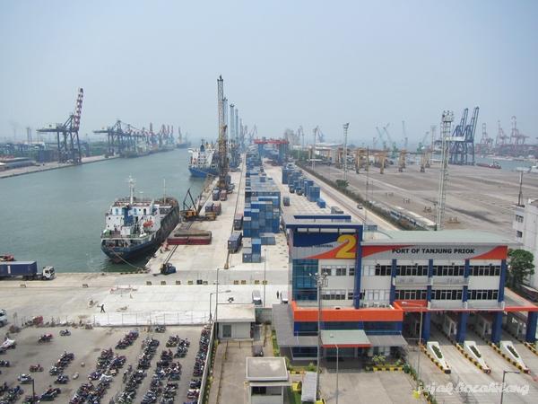 Terminal 2 Pelabuhan Tanjung Priok