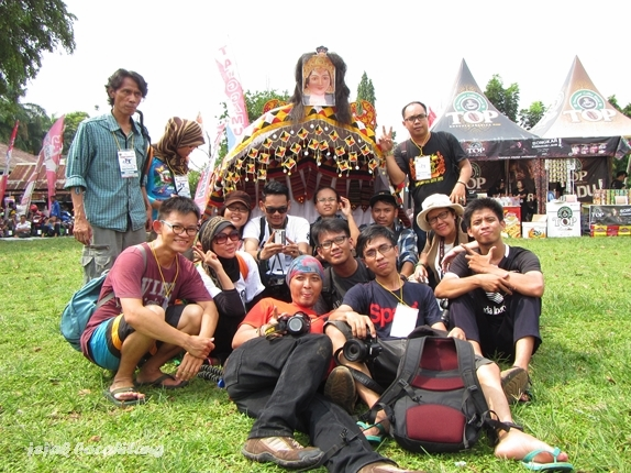 kebersamaan di Festival Teluk Semaka 2014