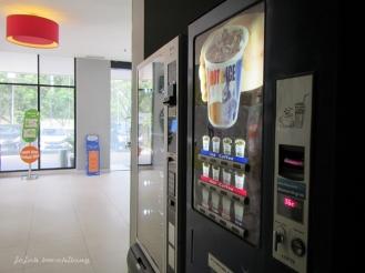 vending machine di POP! Hotel BSD City