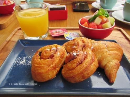 breakfast GrandMas Seminyak