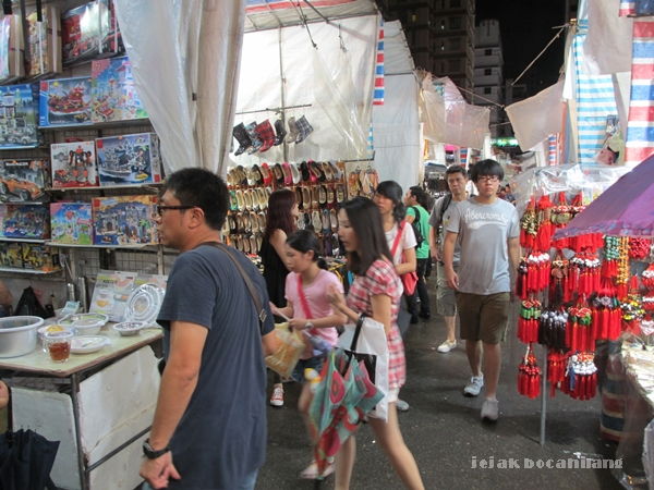 suasana di Ladies Market